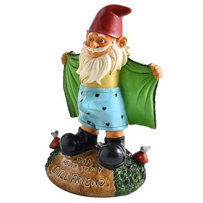 streaker gnome statue