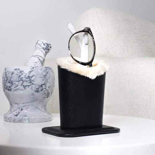 twin glasses holder