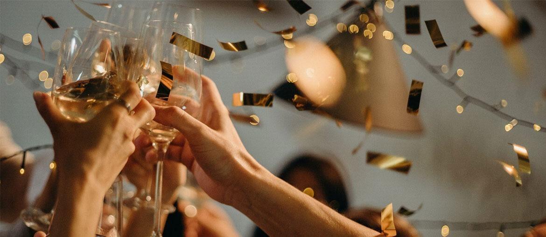 30 Best 60th Birthday Gift Ideas For Men Women 2021