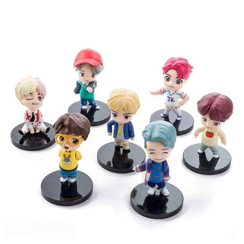 BTS k-pop cake figures